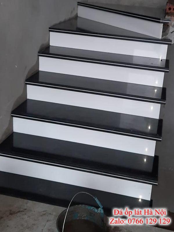 đá kim sa ốp cầu thang