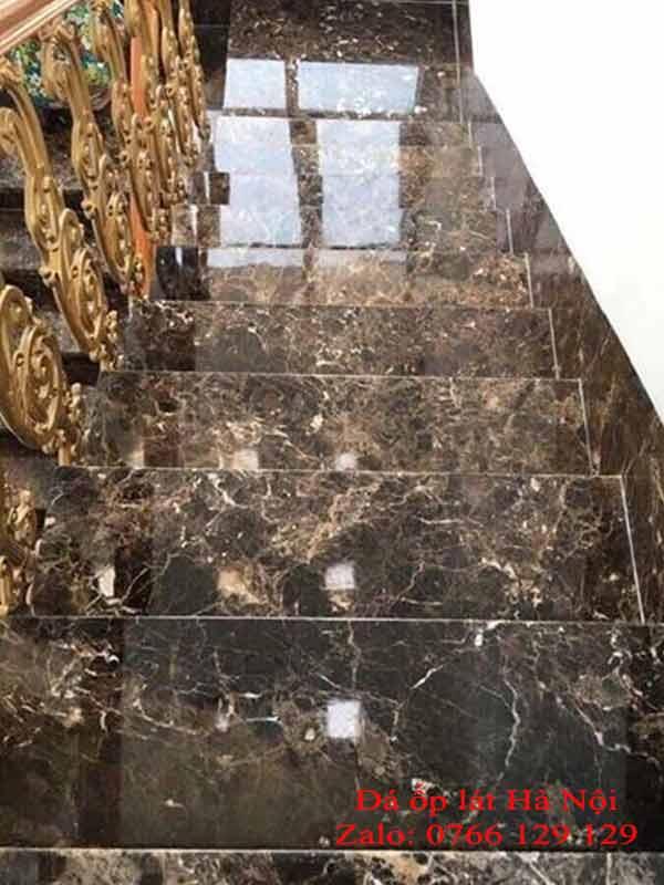 Đá marble tự nhiên ốp cầu thang đẹp