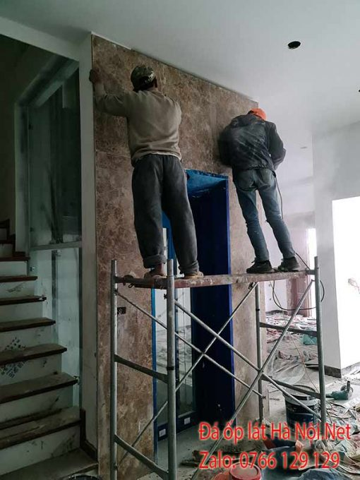 Thi công đá ốp thang máy tại Hà Nội