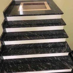 Ứng dụng trong ốp lát cầu thang