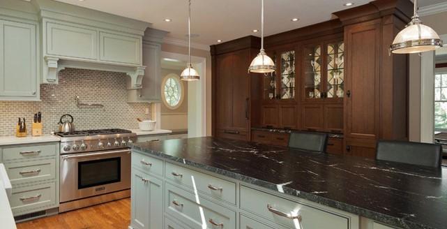 Làm bàn bếp bằng đá Granite Đen