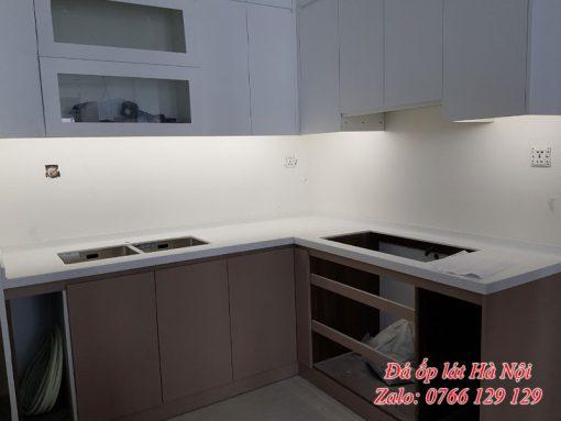Đá solid surface ốp bếp tại Hà Nội